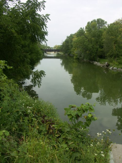 The murky Yahara was deepened and straightened 1903-1906 by the Madison Park and Pleasure Drive Association.